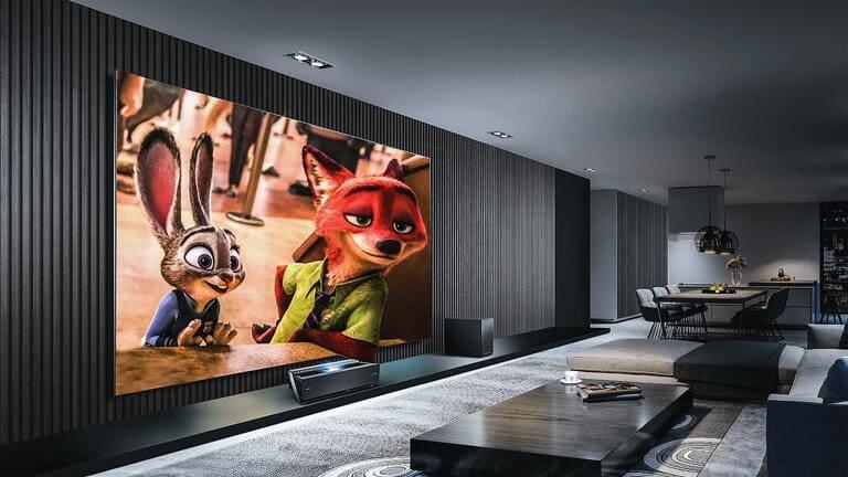 WOWOWオンデマンドをテレビで見る方法は3つ【大画面で視聴】